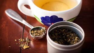 Amerykańskie badanie: herbata czy kakao zawierają substancje hamujące namnażanie koronawirusa