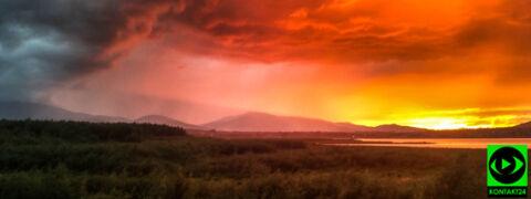 Zapłonęło niebo nad Jeziorem Żywieckim